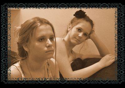 Rosa and Alicia in sepia DSC_0395